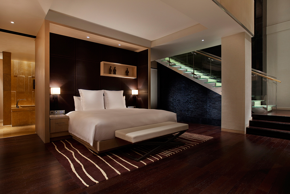 Penthouse-Suite_Bedroom